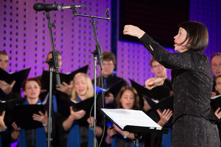 Urška Štampe, dirigentka KPZ Mysterium, foto: Veronika Savnik