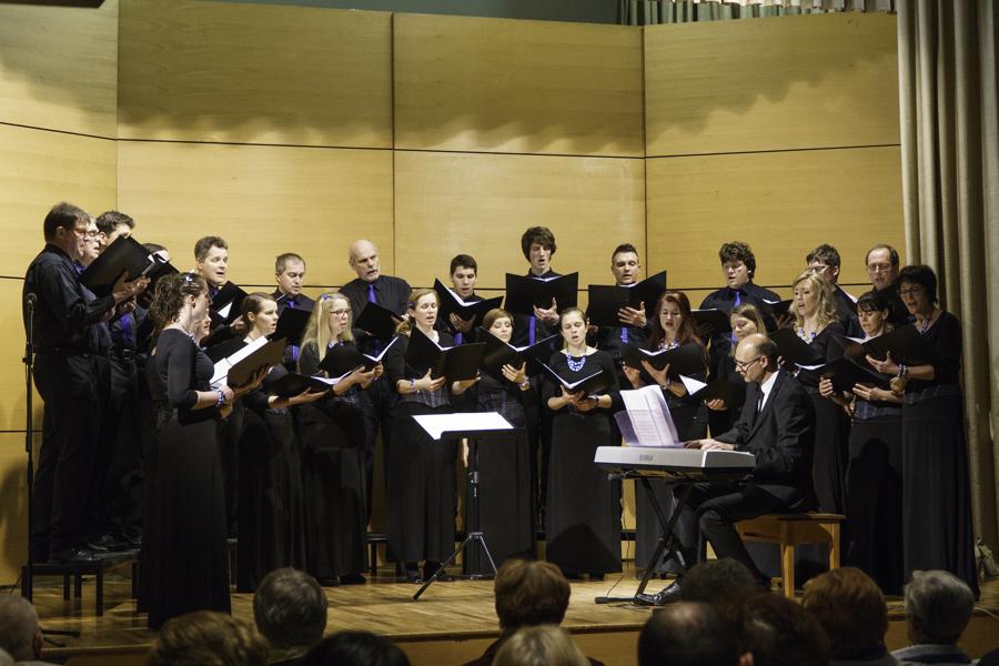 Pevci KPZ Mysterium v Šmartinskem domu